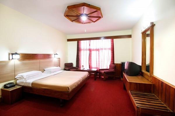 Vardaan Resort PatniTop